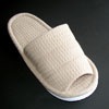オープンワッフルスリッパ〈ブラウン〉 軽くて、履き心地はソフト!汚れても洗えるので清潔! やわらかいタオル地なので素足で履いても気持ちいです。